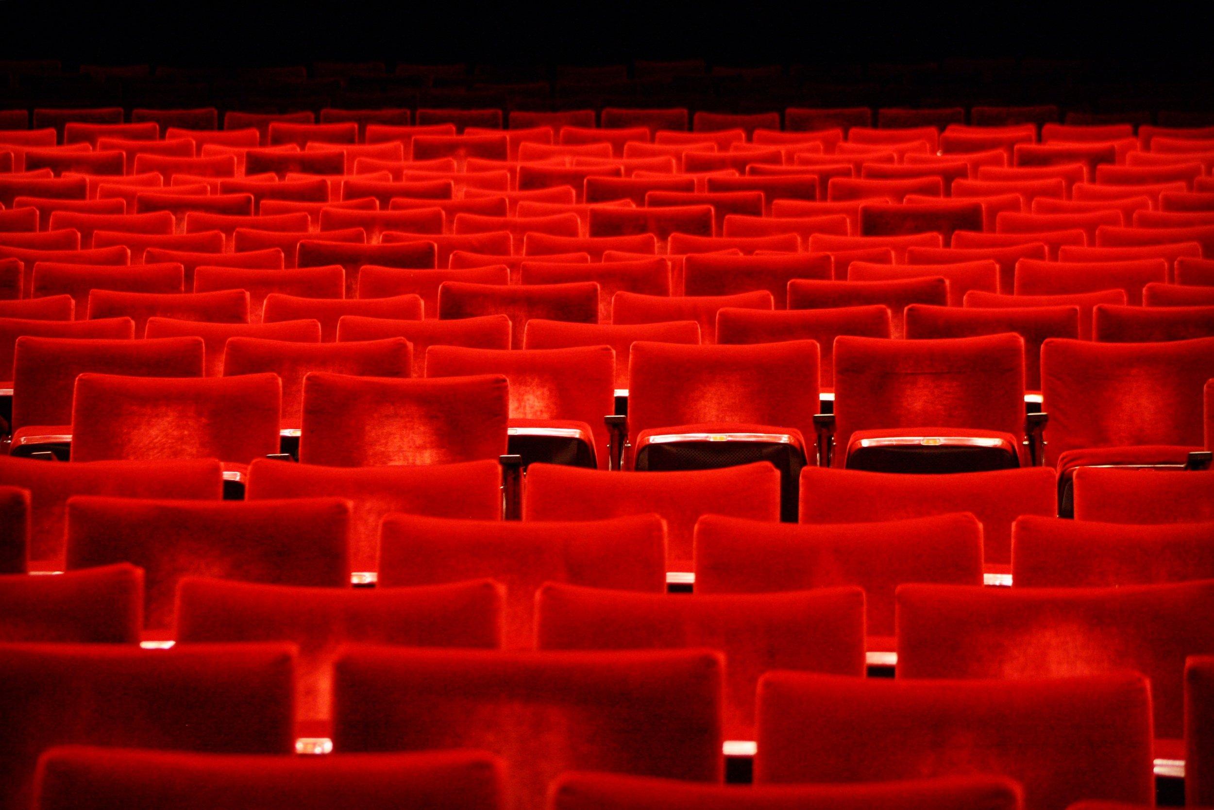 FotoPortadaYMBTheater.JPG
