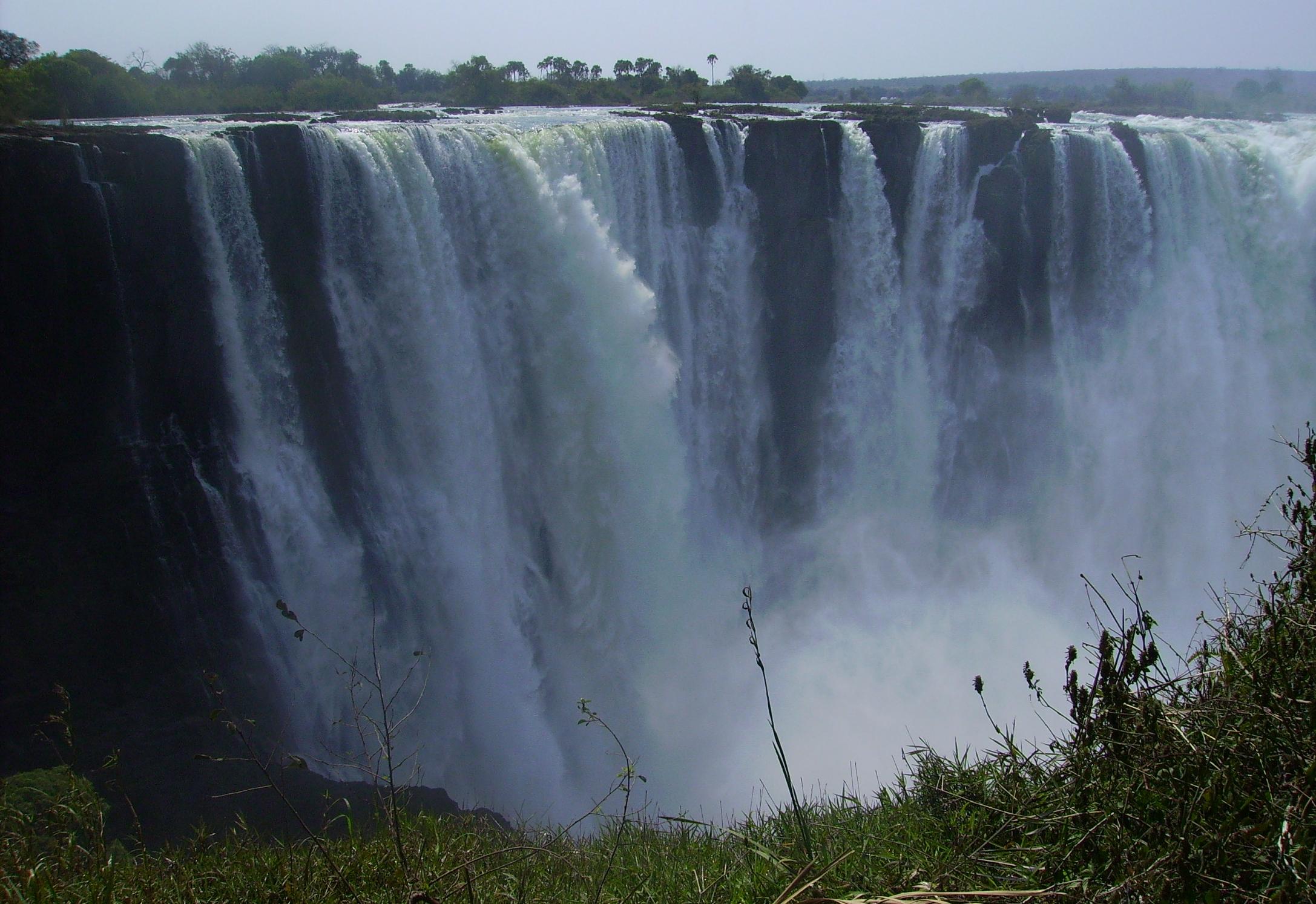 Victoria Falls, public domain image courtesy  Wikimedia Commons