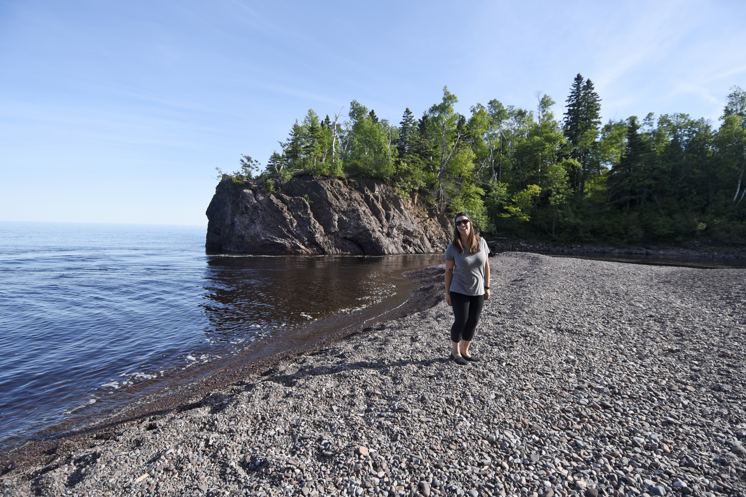 Ayla next to Lake Superior in Tettegouche State Park.