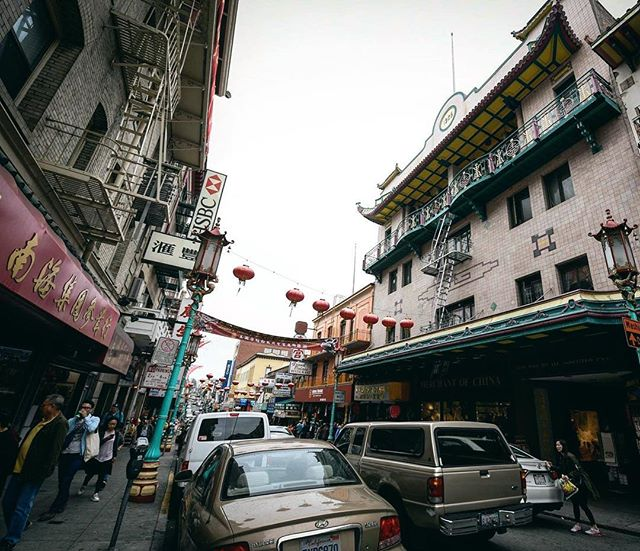 Wandering through Chinatown in San Fran was probably one of my favorite parts of mine and @sonnymanjohnson's visit. • • #sanfrancisco #sanfran #chinatown #wander #explore #travelpartner #exploresanfrancisco #travel #adventure #streetsofsf #sf #architecture #bayarea #nikon #wideangle #igerssf