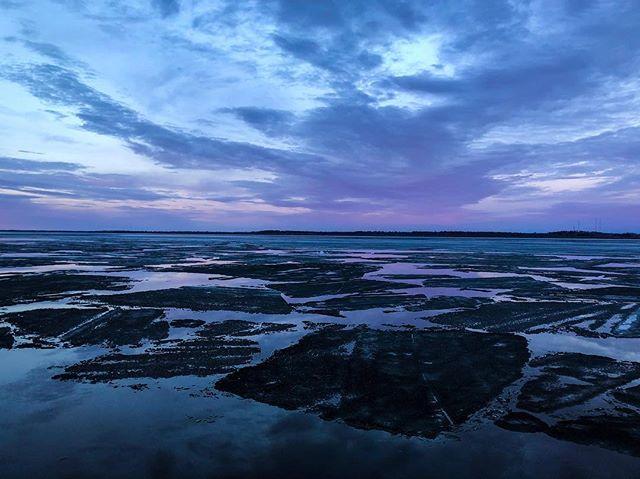 Spring thaw. • #lakebemidji #sunset #minnstagram #minnesota #mnphotographer #capturemn #exploremn