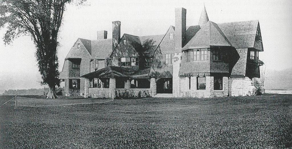 The original 1886 structure.
