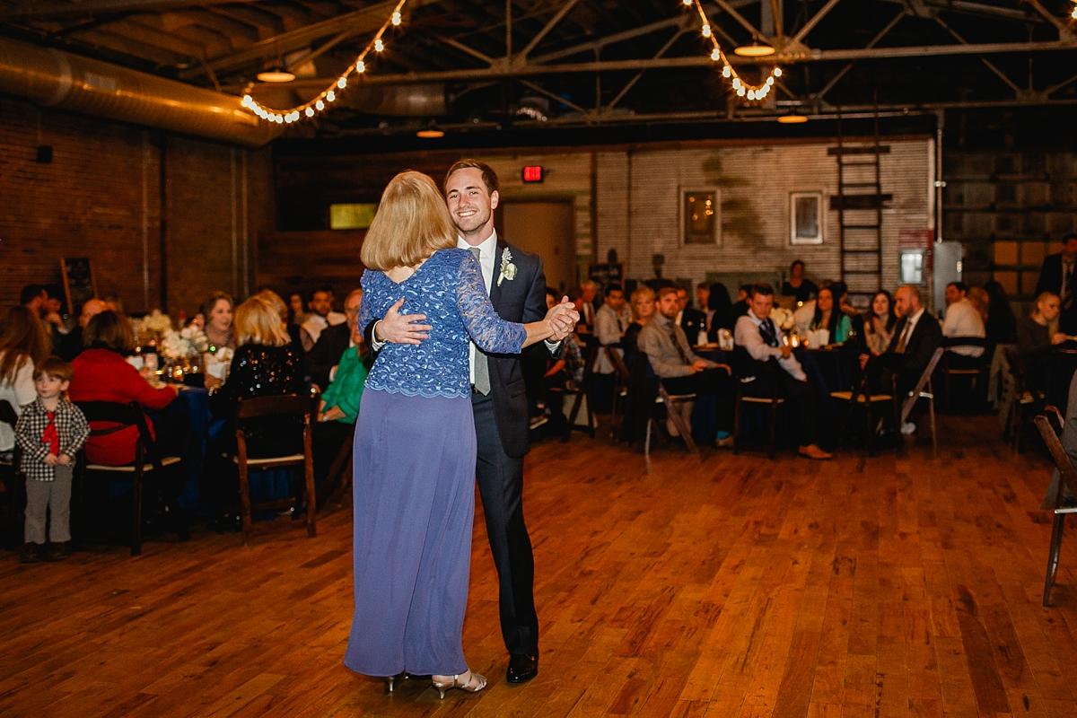 Knoxville Wedding Photographer_1100.jpg
