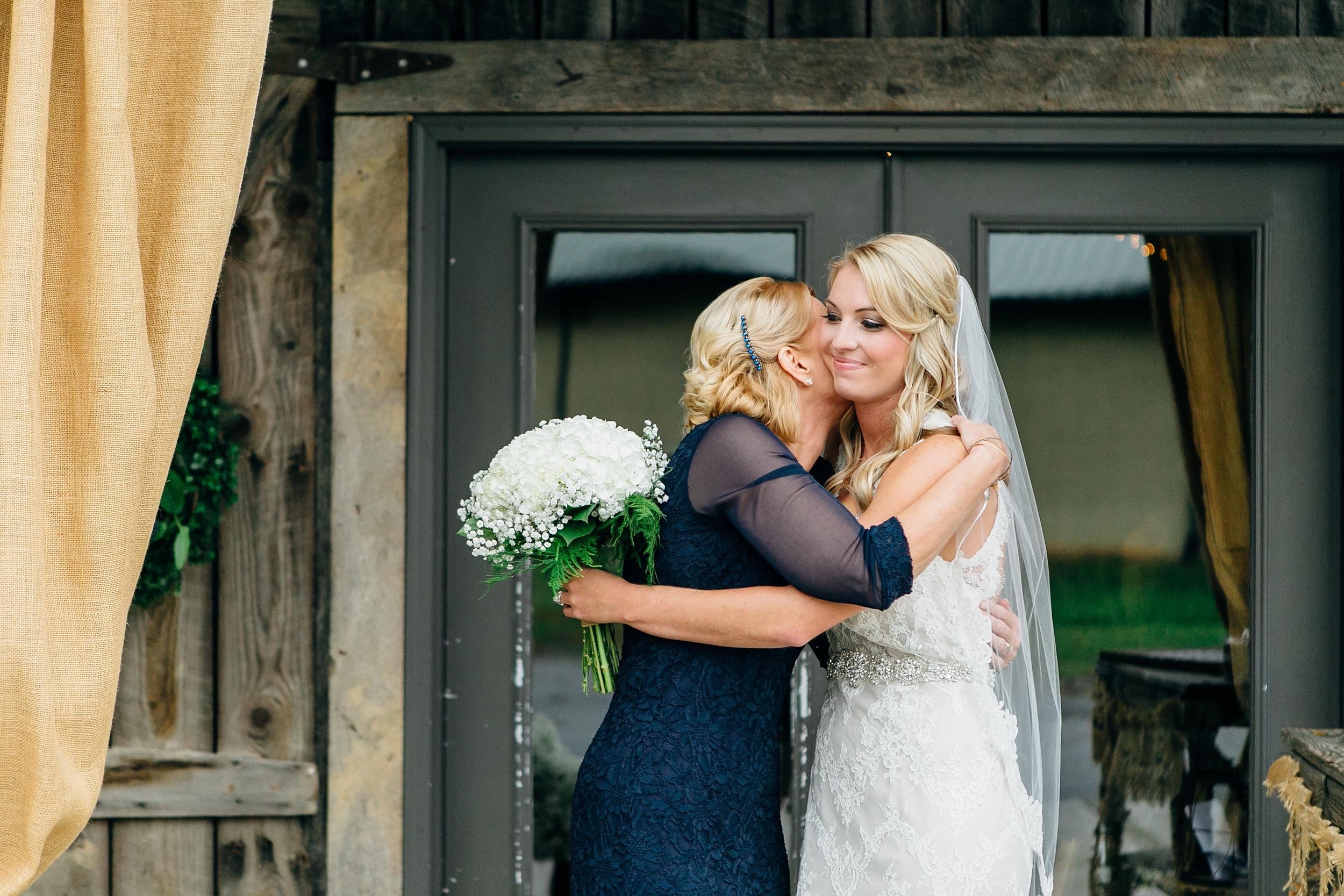 LC-3275_Knoxville-Wedding-Photographer.jpg
