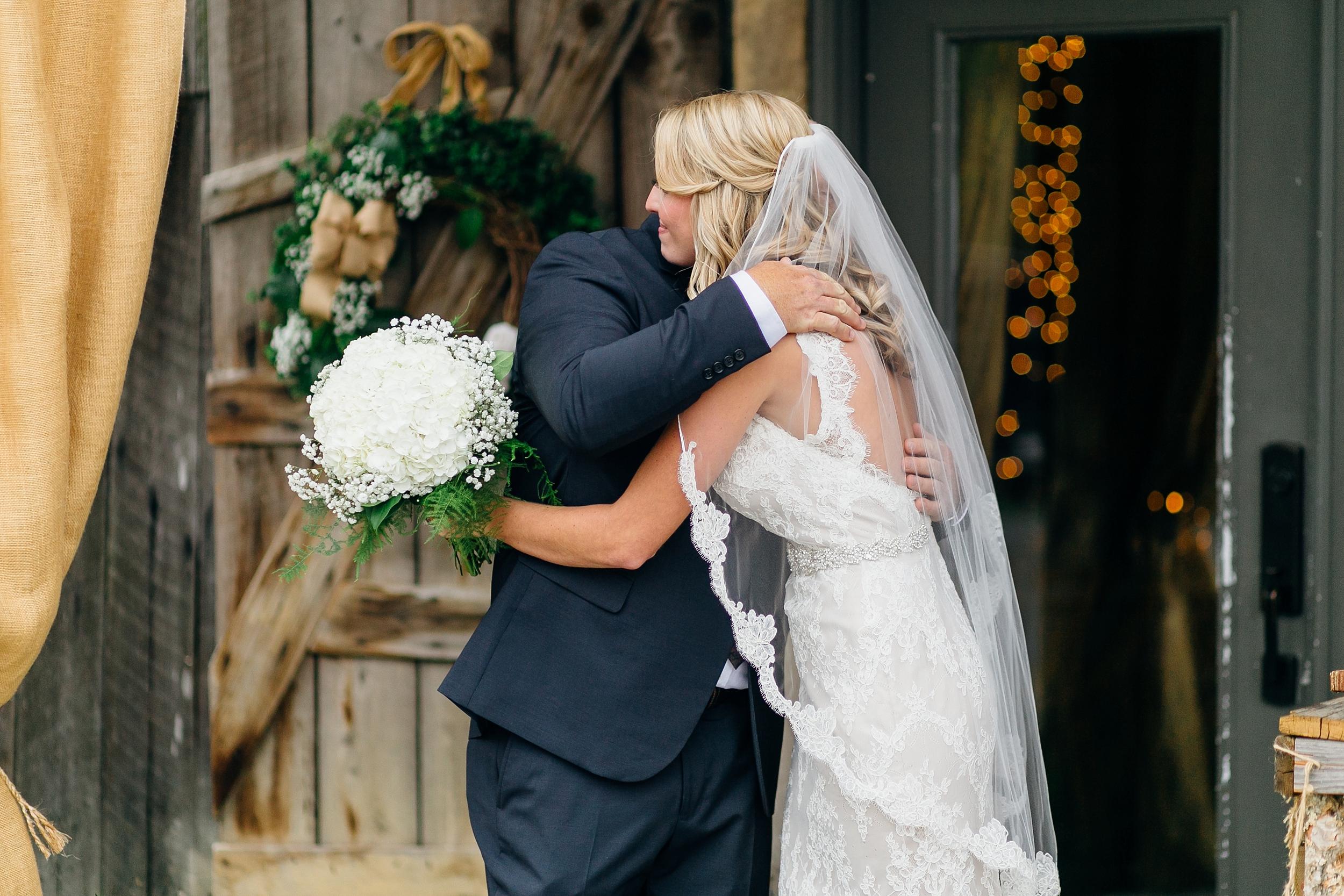 LC-3292_Knoxville-Wedding-Photographer.jpg