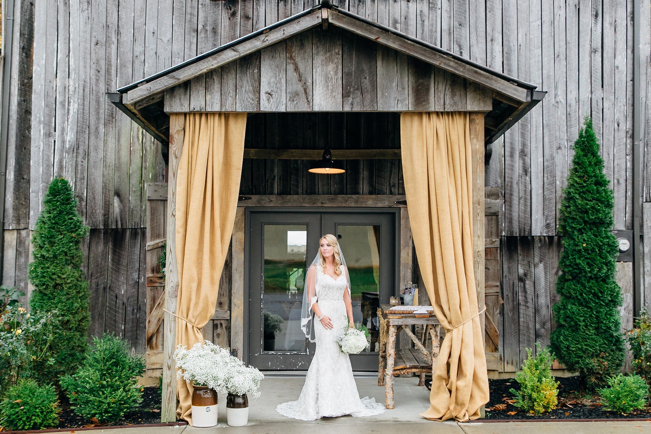 LC-3308_Knoxville-Wedding-Photographer.jpg