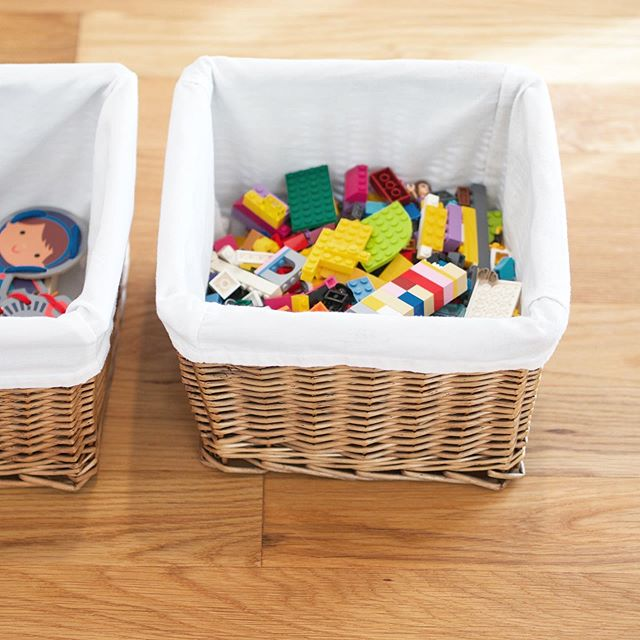 A good rule of thumb to take your organizing to the next level is to aim for visual consistency! For example, when tackling a space with containers you already have, try to use all of your baskets in the closet, all of your plastic bins in the pantry, etc. Buy any extras in the same material. This extends the use of items you already own while aesthetically streamlining your spaces!  #organizingtips #diyhomeprojects #organizingideas #professionalorganizer #homeorganization #homeorganizer #containedhomeorganizer #organizedlife #getorganized #oldspacenewspace #organizingtips #diyhomeprojects #organizingideas #professionalorganizer #homeorganization #homeorganizer #containedhomeorganizer #organizedlife #getorganized #oldspacenewspace