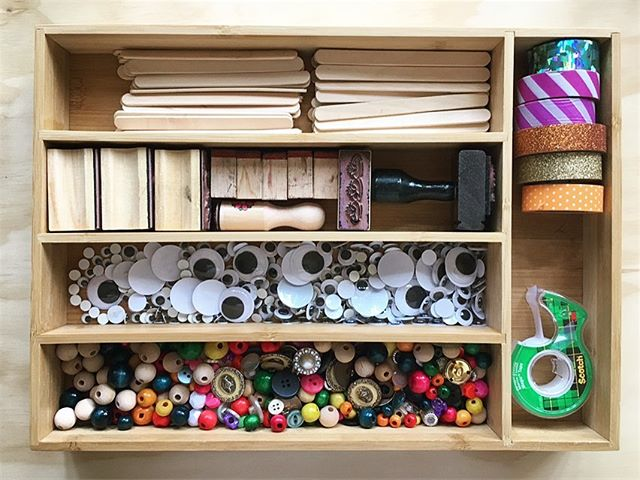 Utensil organizers don't have to stay in the silverware drawer - they're great for crafty things, too!  #homeorganizer #homeorganizing #organizingtips #organizinghacks #getorganized #organizedlife #organizedcraftroom #craftorganization #craftroomstorage #craftroomorganization #oldspacenewspace