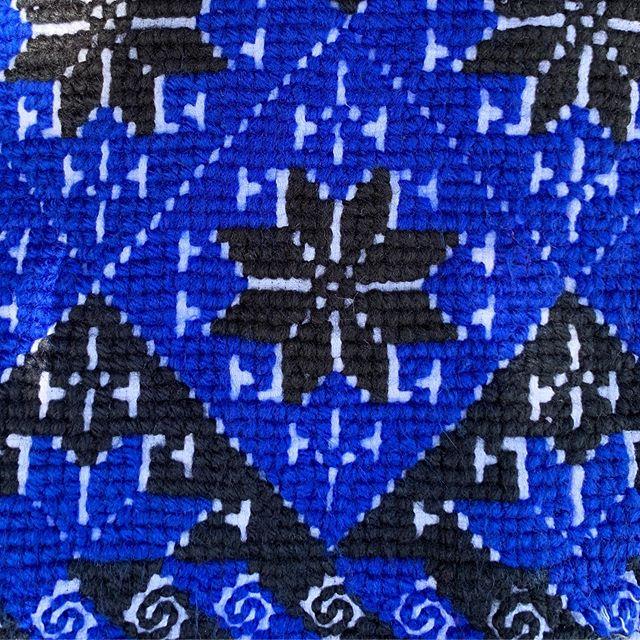 Embroidered pixels!!! #embeddedpatterns #patterns #craft #embroidery #traditionalcraft #art #artdesign #mazahua #mazahuaembroidery #JohnTakamura @missleeleeleelee @asuherberger @asunow @asuschoolofart @asudesignschool @asu #asu