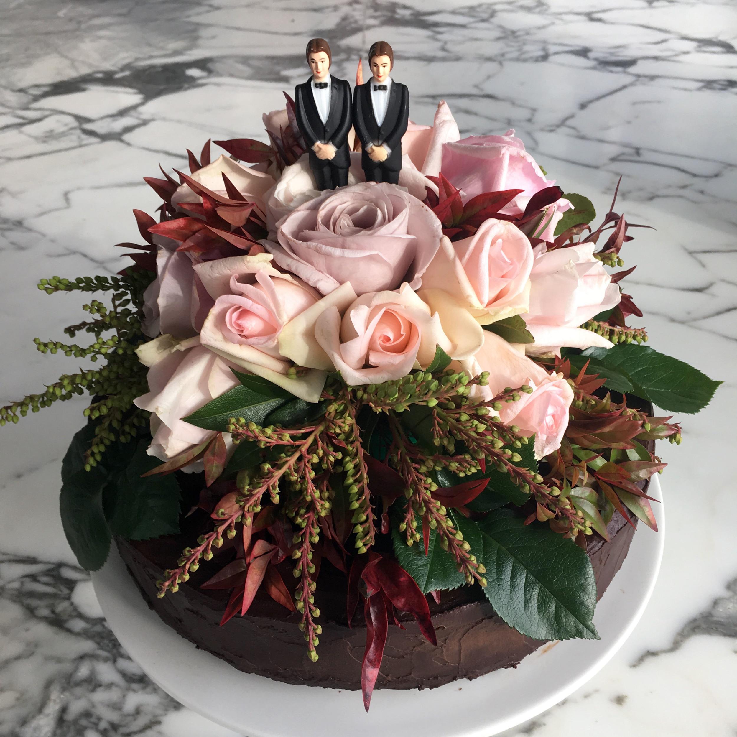 Wedding_Cake_crop.jpg