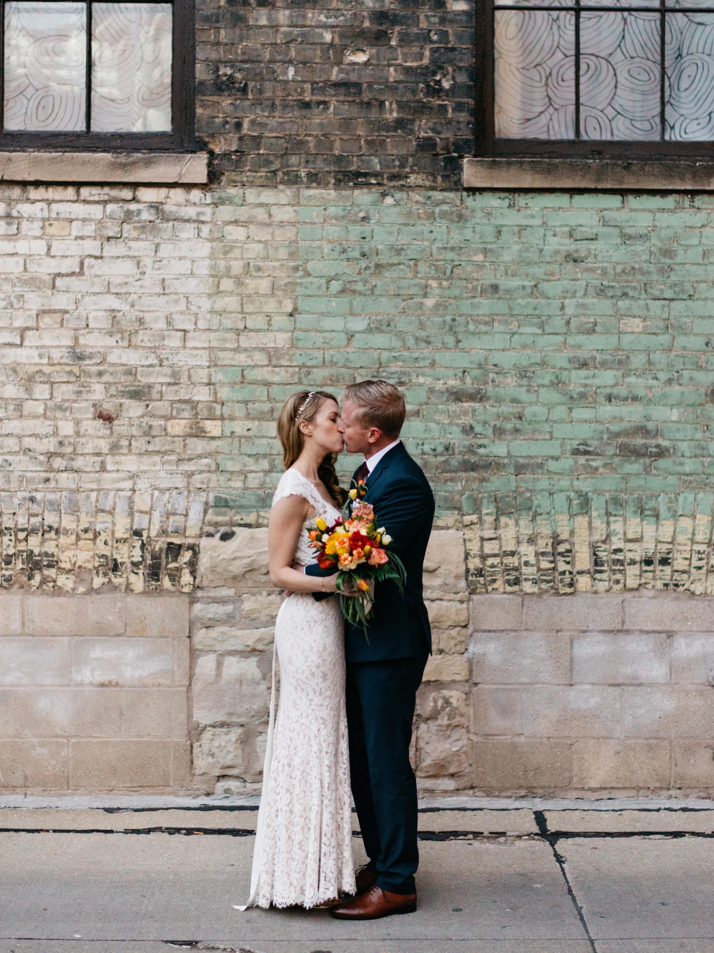 Onesto Wisconsin Milwaukee Wedding Photographer_0022.jpg