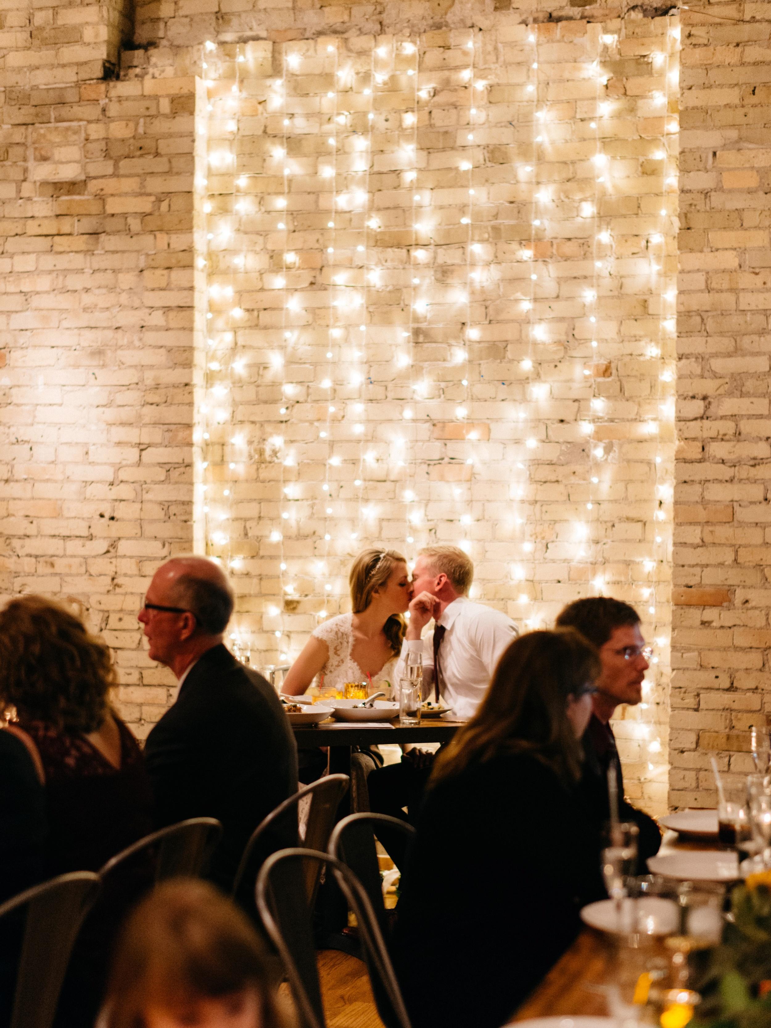 Onesto Wisconsin Milwaukee Wedding Photographer_0056.jpg