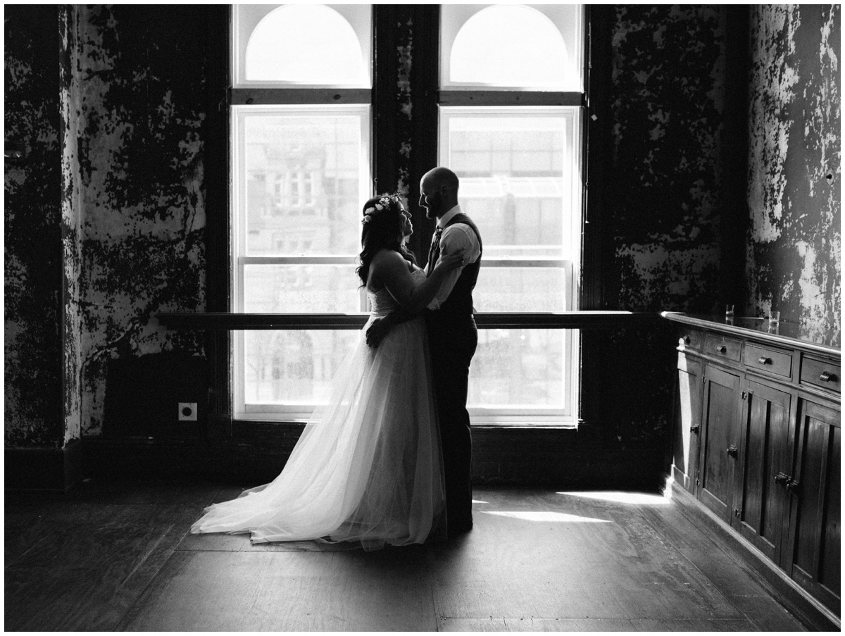 Wisconsin Milwaukee Wedding Photographer Turner Hall 020.jpg