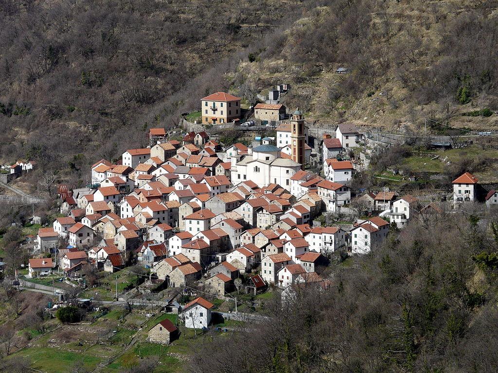 Pentema, foto di Davide Papalini (da Wikipedia). Licenza  CC BY-SA 3.0