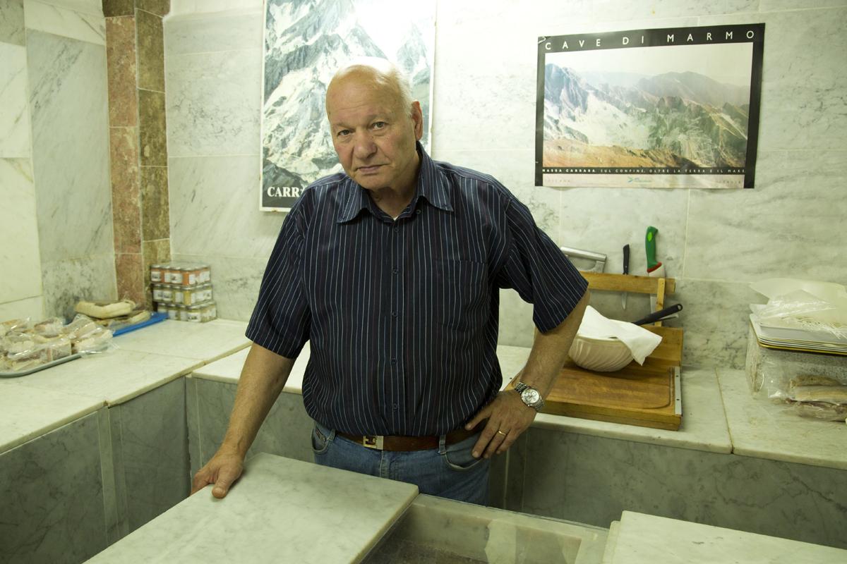 Un produttore di lardo