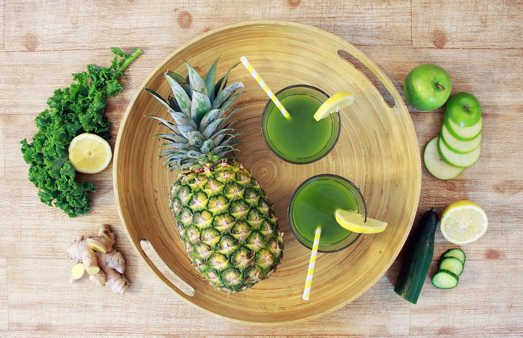 Pineapple Green Juice Ingredients: Pineapple, Kale, Cucumber, Green Apple, Lemon, Ginger
