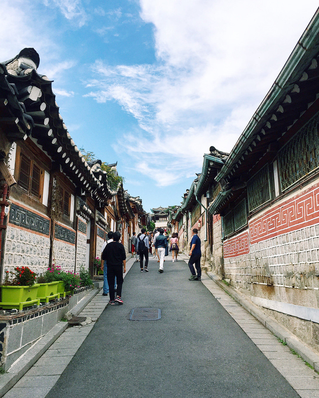 Row after row of traditional Korean homes called hanok.