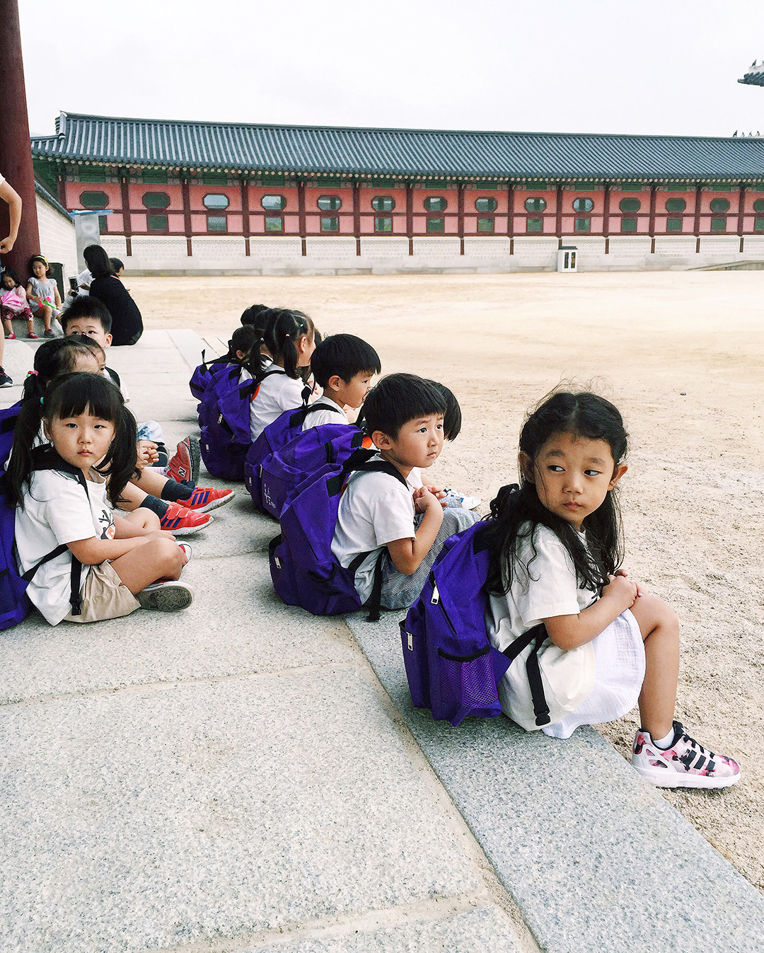 The cutest little preschoolers on their field trip to the palace.