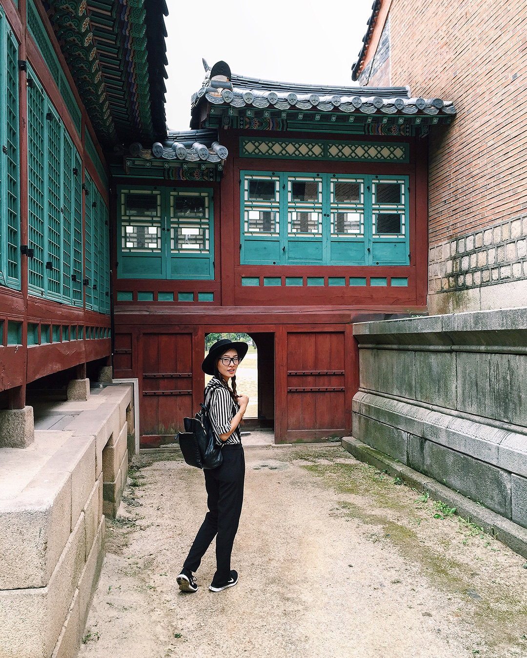 Exploring every nook and cranny of the beautiful Gyeongbokgung Palace.