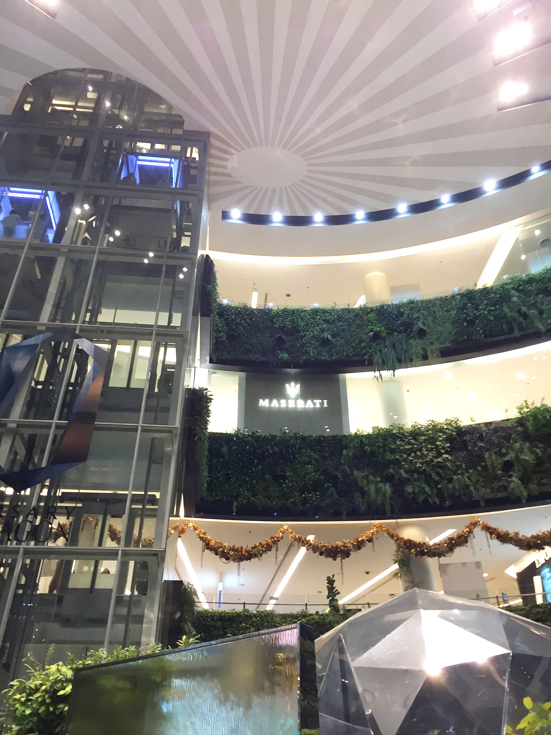 SHOPPING MALLS:  Bangkok is one of the shopping capitals of the world, and a trip to Bangkok isn't complete without visiting the plethora of   megamalls  , from high-end to affordable.