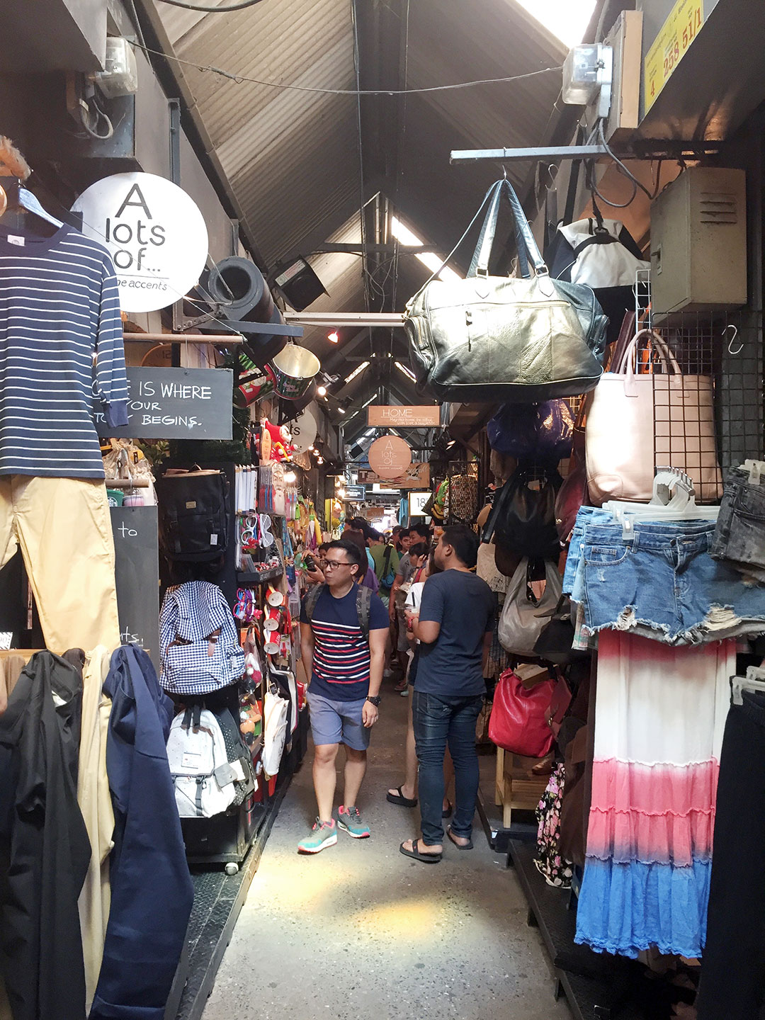 CHATUCHAK WEEKEND MARKET:     Chatuchak Weekend Market   is a fun place to shop. They sell everything from clothes and accessories, souvenirs, home goods, furniture and antiques, and street foods.