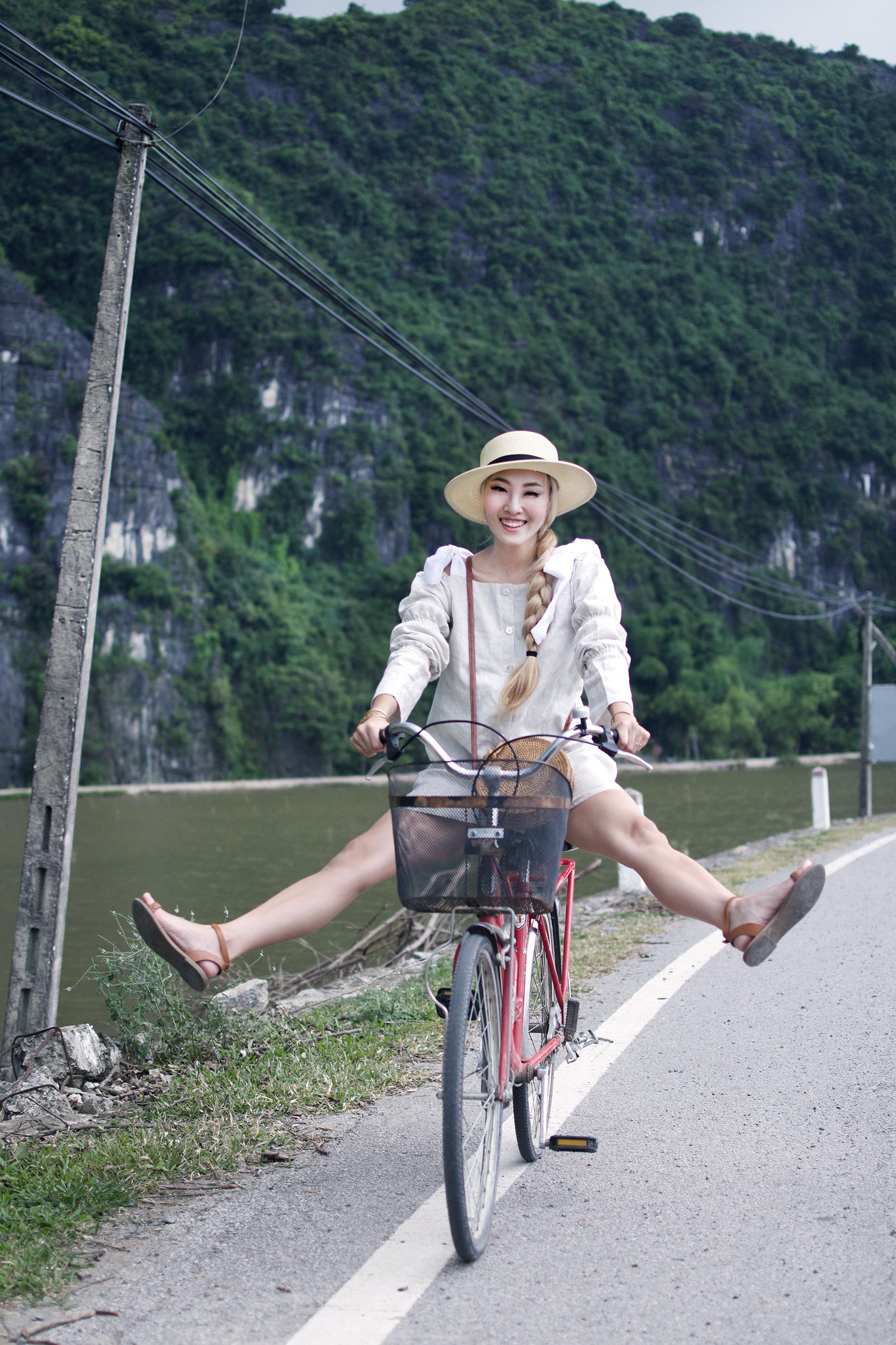BIKE RIDING IS THE BEST WAY TO EXPLORE NINH BINH!
