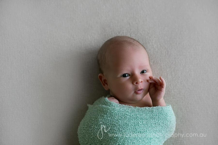 gold coast baby photographer newborn photography twins babies newborn