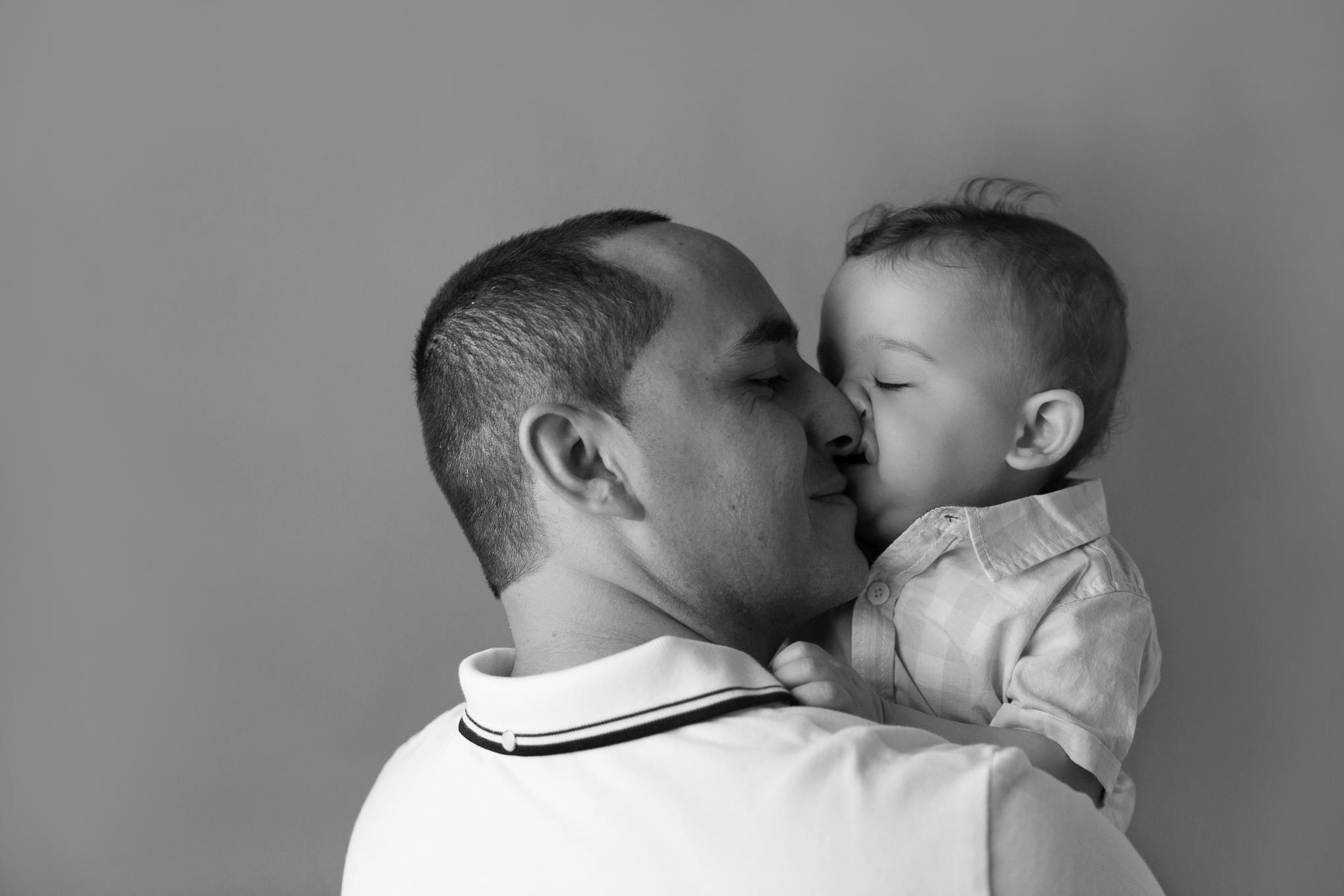 baby photos newborn photography gold coast upper coomera benowa family photography