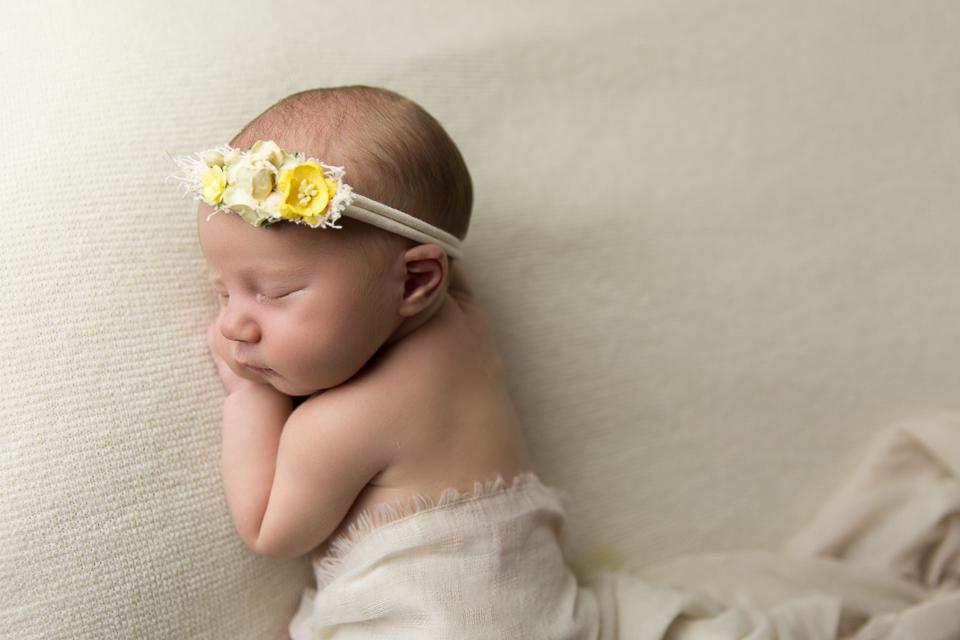 mum and baby gold coast newborn photography baby photos