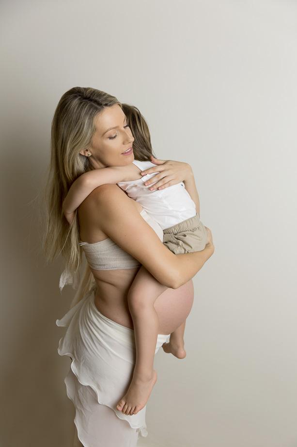 Charne (Maternity) w (12 of 13).jpg