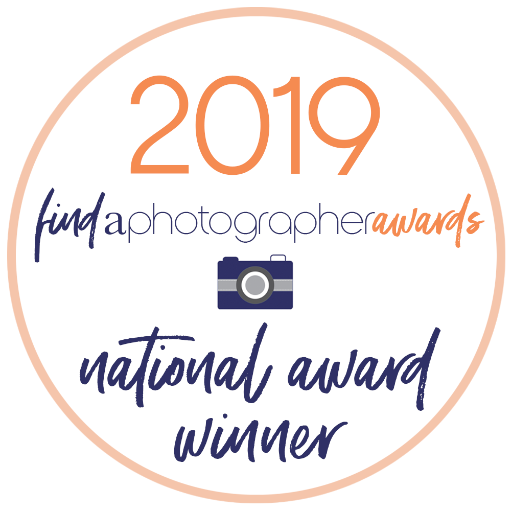 2019 Find A Photographer Awards Winner Badge.png