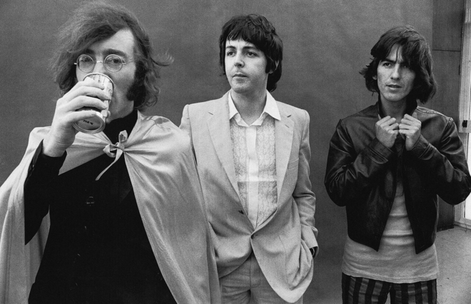beatles-john-drinking-68.jpg
