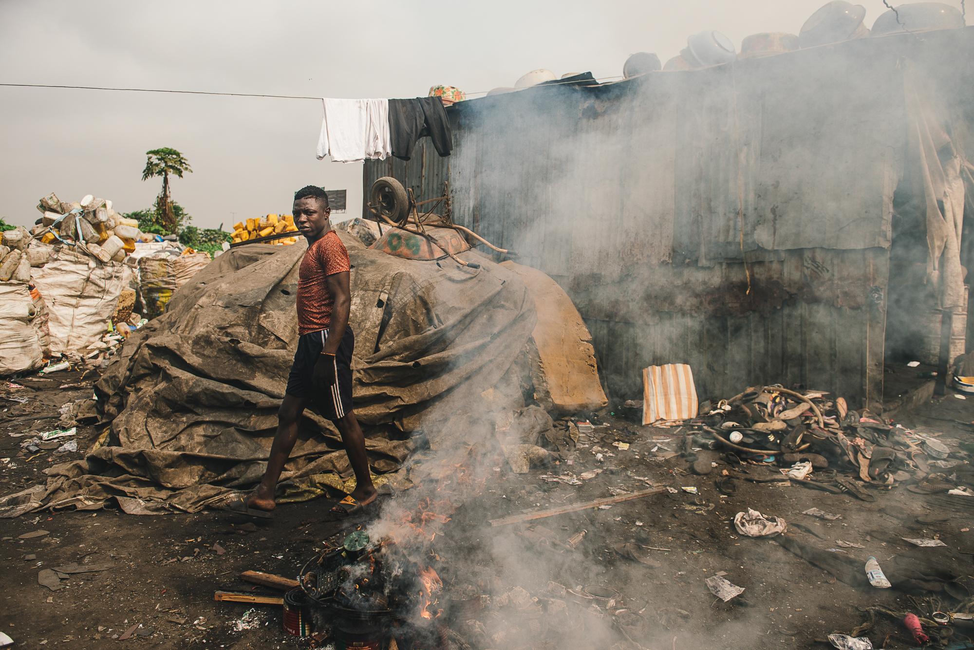 LAGOS 13 - Refuse Centre 2 - Burning Plastic.jpg