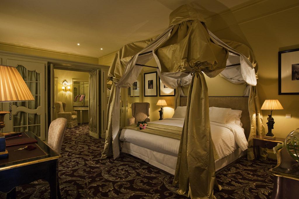 Royal Suite - chateau - 1st floor - terrace.jpg