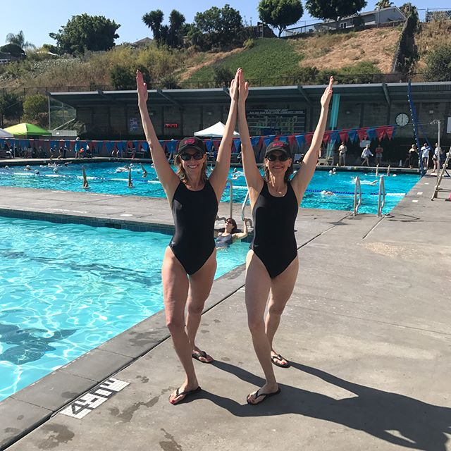 Go girls!!! #sisters #synchronizedswimming #synchro #usamg17