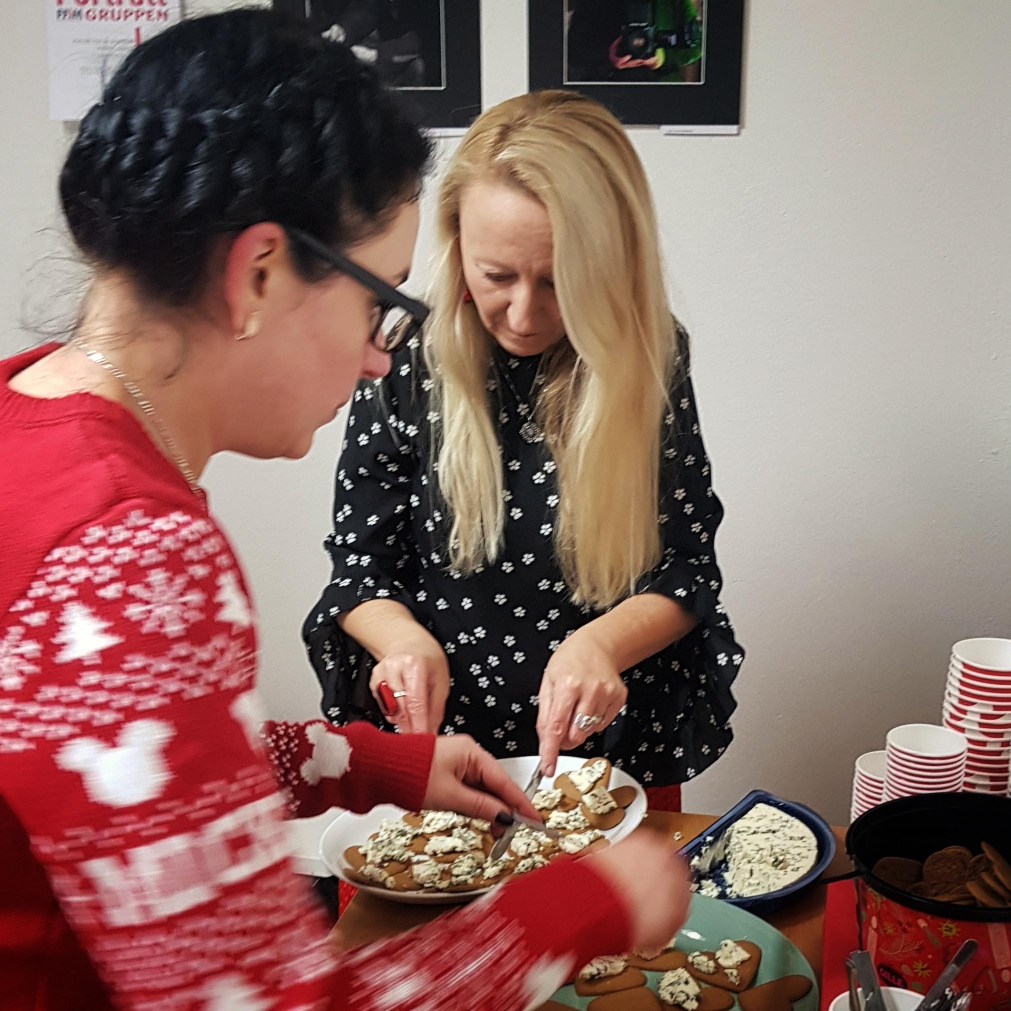 Day 351 - December 17: Preparing Christmas treats