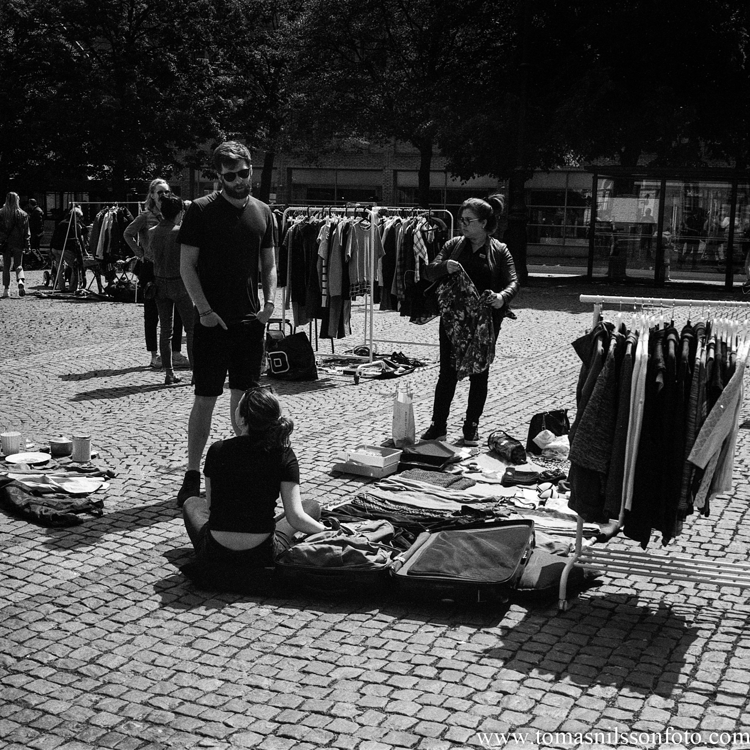 Day 164 - June 13: Chasing bargains at the flea market