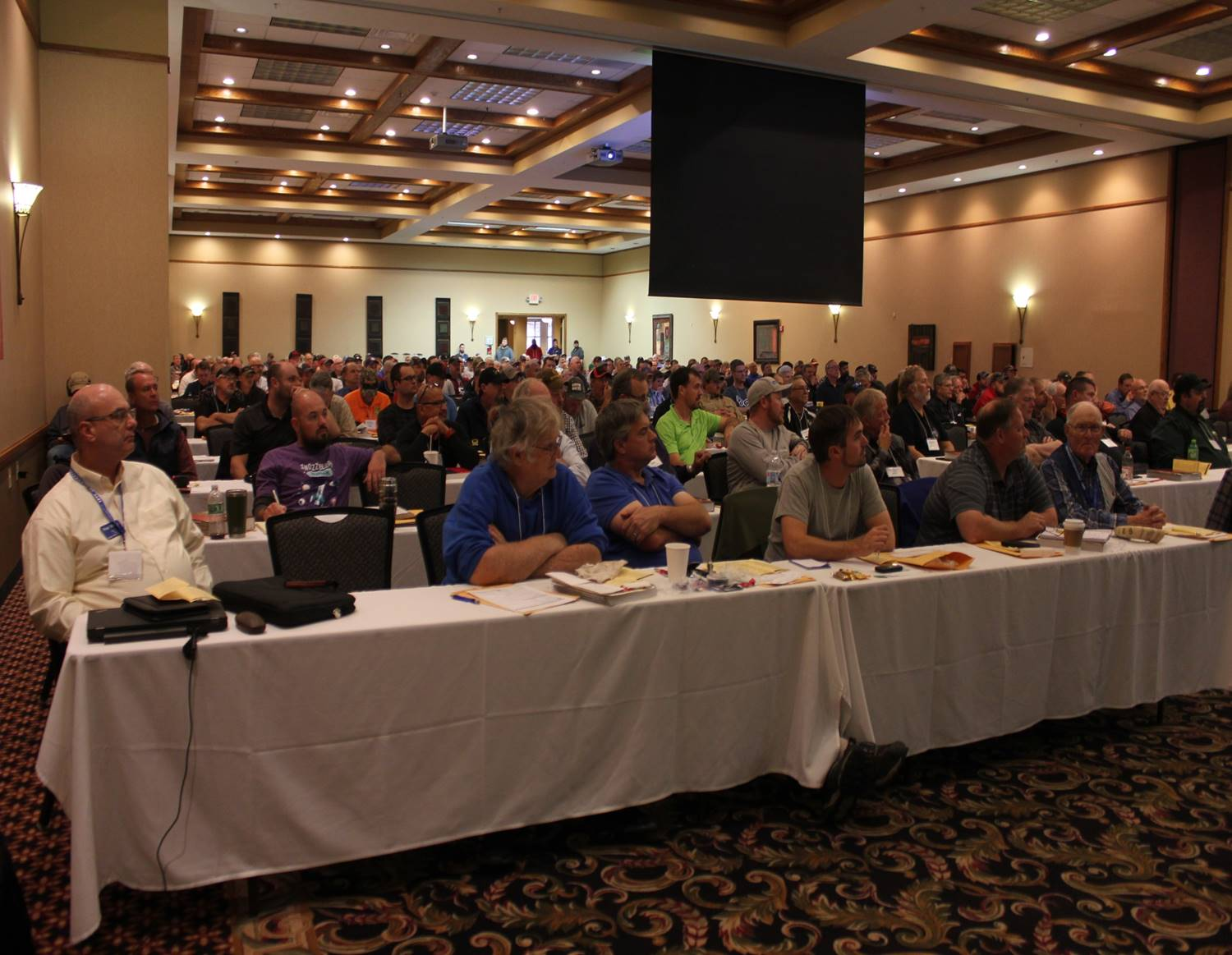 2018 was a year for setting records. The attendance was over 300 electricians gaining knowledge.