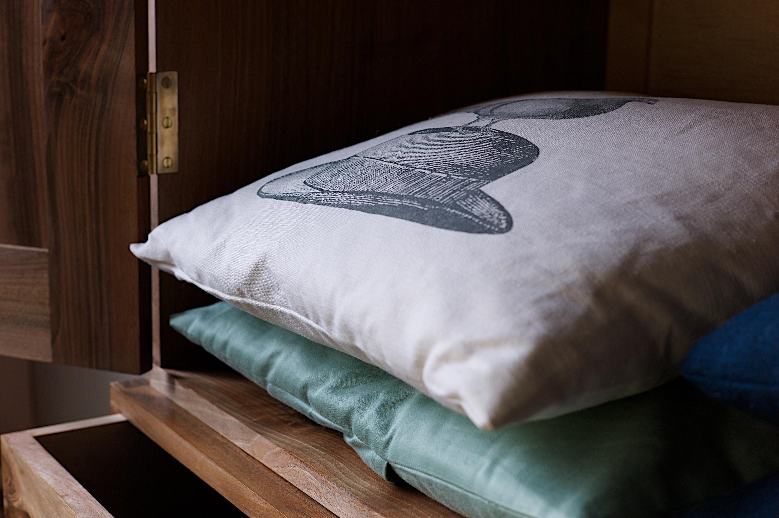 Linen press close up interior