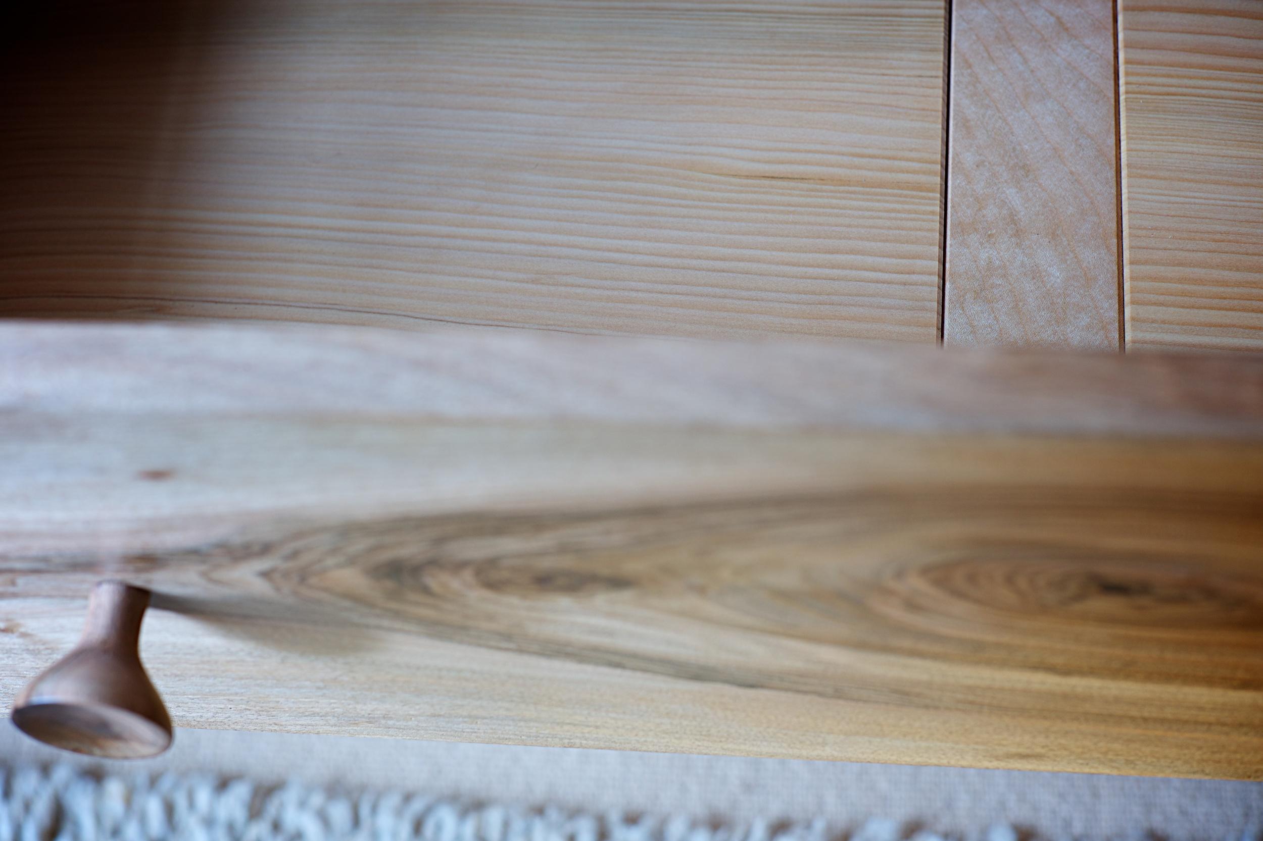 linen press close up drawer