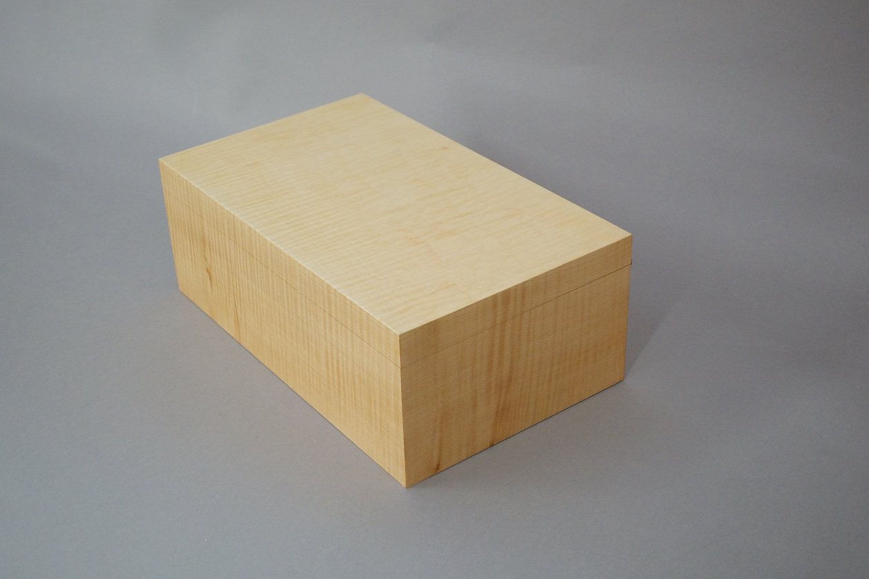 Box 3 292.jpg