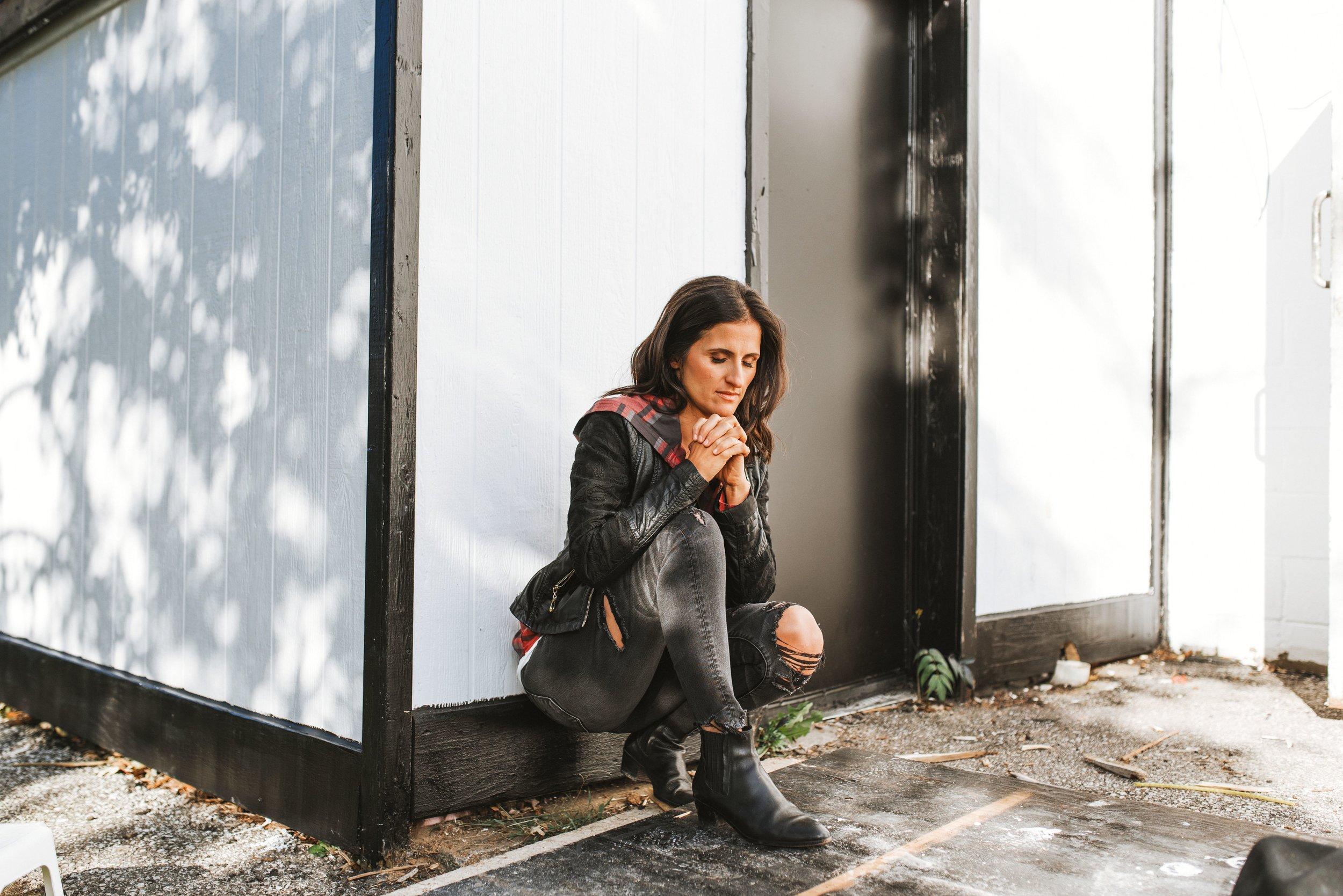 Neviana - www.livelycreativeco.com - 29.jpg