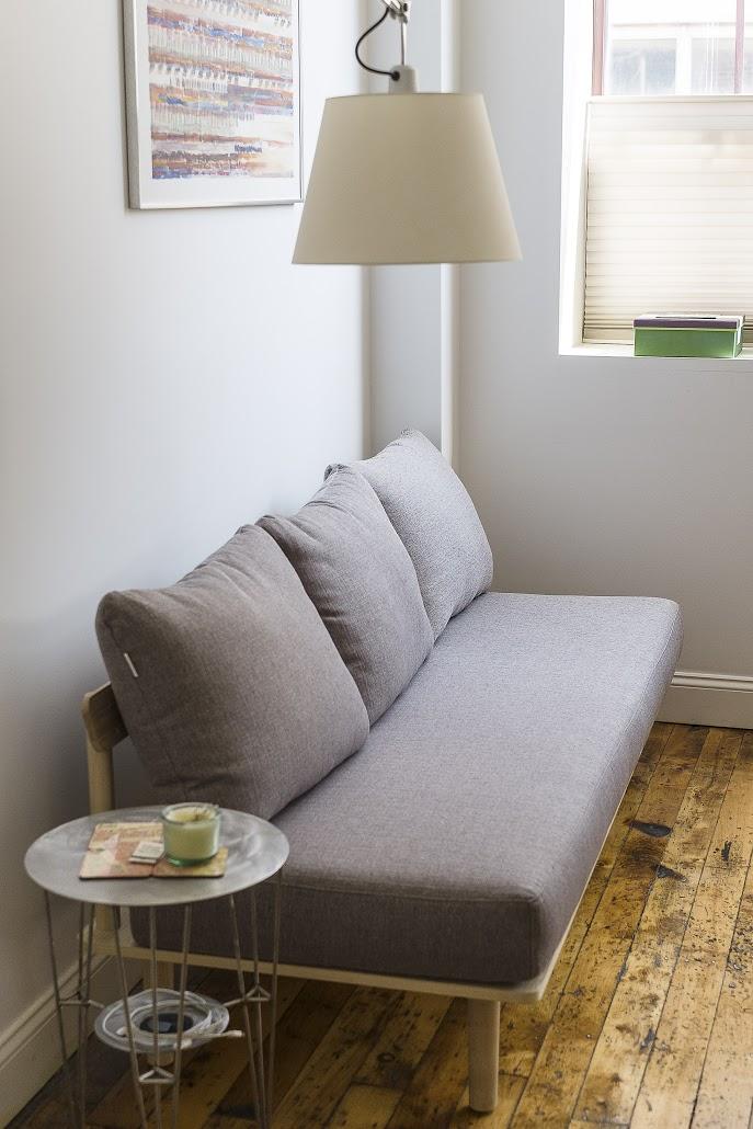 Sofa014.jpg