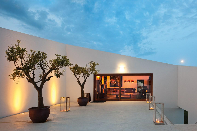 L'and Vineyard Resort