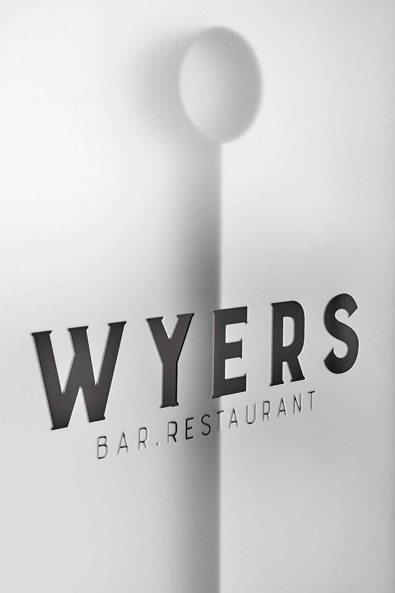 s2_restaurant_wyers_and_miss_louisa_amsterdam_the_netherlands_studio_modijefsky_yatzer.jpg