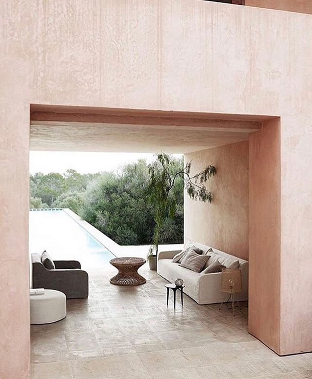 Still thinking of summer. (#neuendorfhouse House designed by @johnpawson) . . . . #design #interiordesign #interiorstyling #interiors #interior123 #archilovers  #mallorcalovers #decor #decoration #luxuryhouse #luxurylife #luxurylifestyle #vogueliving #interiorarchitecture #interiordesigner  #archdigest #ad100 #travelinspo #designlovers #designinspiration #interiorinspo #interiorinspiration #theworldofinteriors  #kfineconcepts