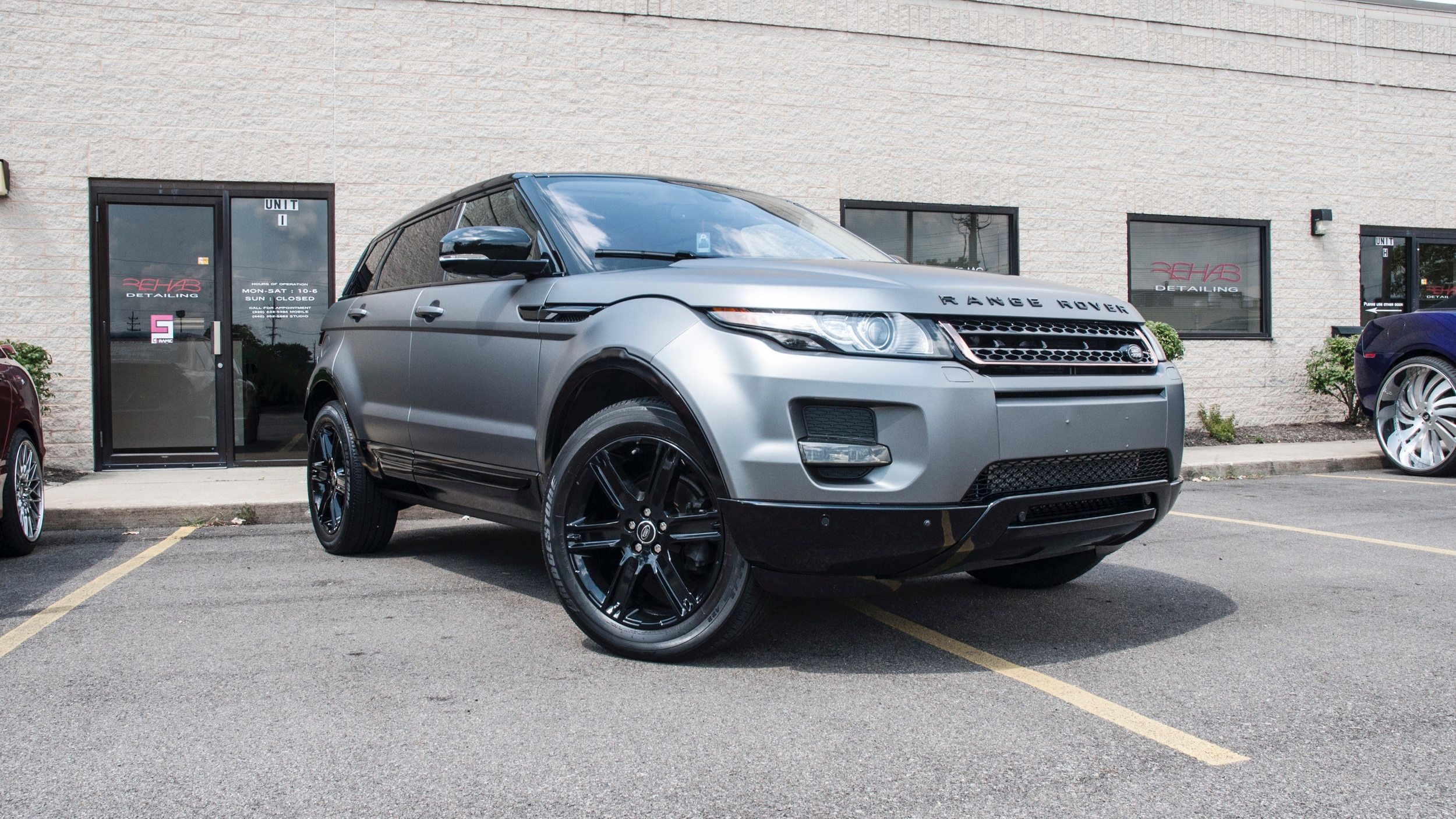 Victoria Beckham Edition Evoque (Clone) - Wrapped in Oracal Matte Grey Metallic, Wheels and Moulding Refinished