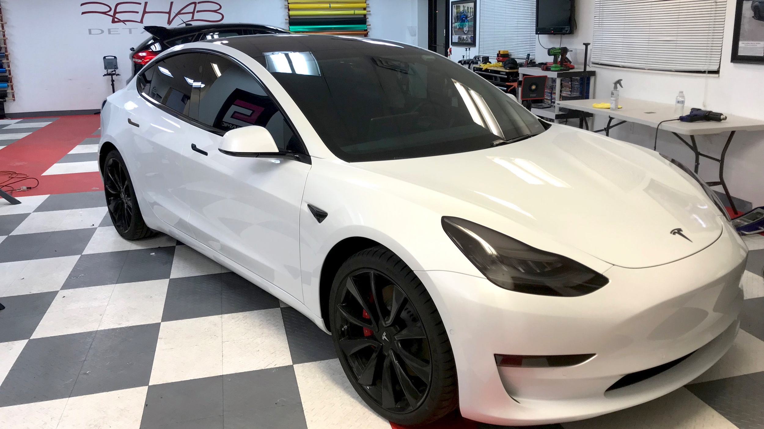 Tesla P3D - Diva Package, Rims Refinished, Ceramic Tint, Chrome Delete, Custom Badging
