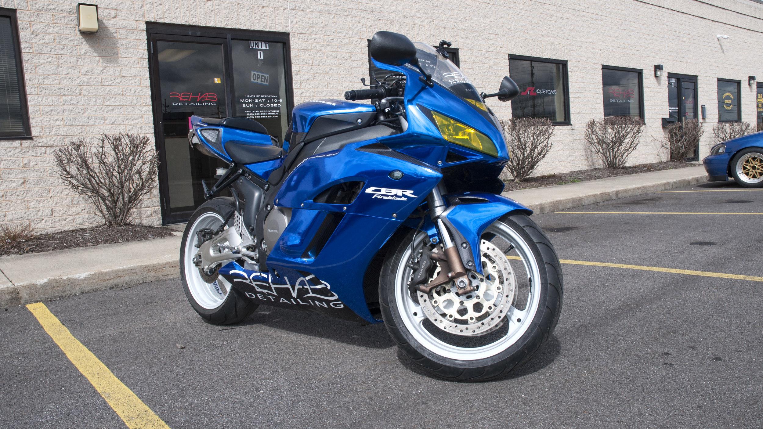Honda CBR 1000 RR - Blue Chrome, Wheels Refinished, Custom Graphics, Custom Tint