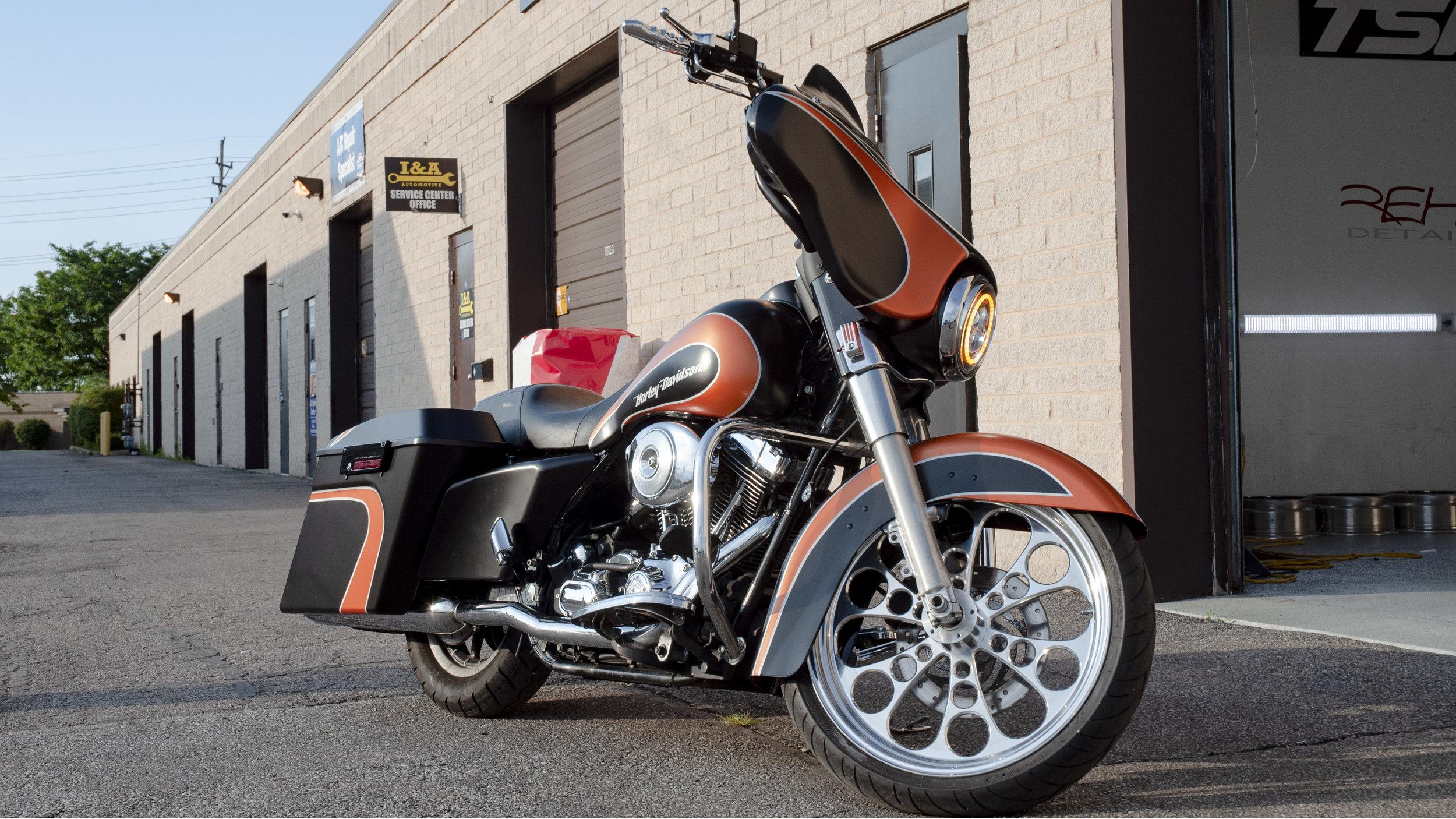 Custom Harley Big Wheel Bagger - Custom Designed Satin Black, Satin Orange and Matte Silver Design